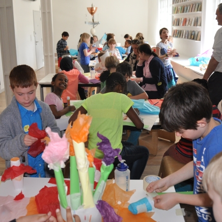 The children working on their artworks