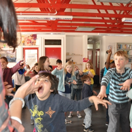 Zombies and phantoms during the music activity